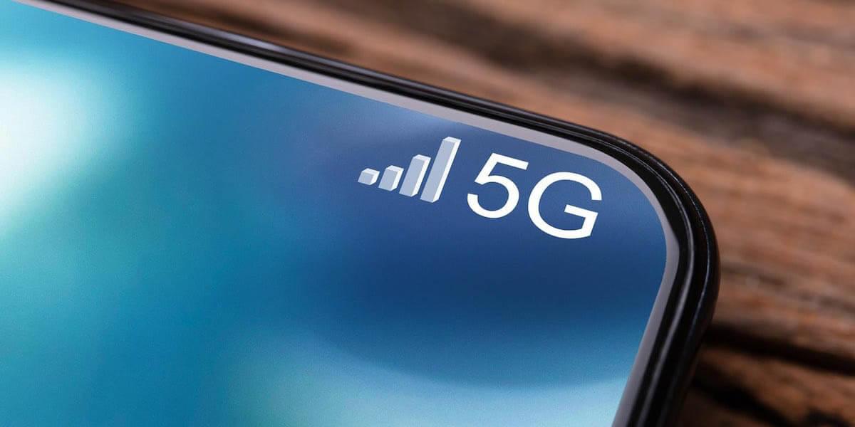 5G smartphone shipments in 2020